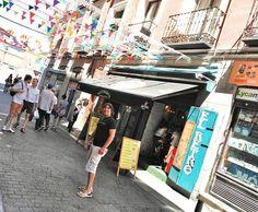 Domingo de Latina y fiestas de la Paloma en Madrid...Disfrutando de lo castizo @maik_pm!  #verbena #paloma #fiestas #fiestasdelapaloma #Madrid #Domingo #FelizDomingo #lalatina #pasendo #tapeando #detapas #DiseñaTuMapa