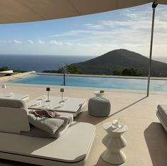 Vacation Places, Dream Vacations, Places To Travel, Dream Home Design, My Dream Home, Beautiful Homes, Beautiful Places, Spiegel Design, Summer Dream