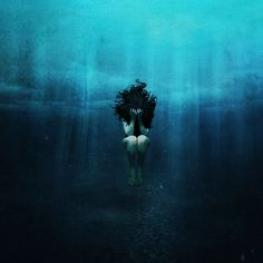 Underwater Art, Art Photography, Drowning Art, Water Art, Painting, Illustration Art, Art, Dark Art, Beautiful Art