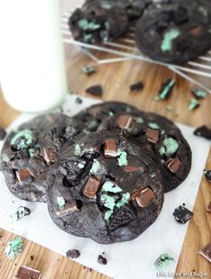 Double Mint Chocolate Cookies ~  These cookies are FULL of Andes mint pieces and mint Oreo pieces. They are so perfectly minty and chocolatey! The cookie itself is soft and chewy...it's a serious party in your mouth!  Recipe @: http://www.lifeloveandsugar.com/2013/09/19/double-mint-chocolate-cookies/