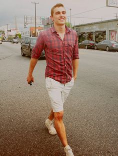 Dave Franco, chucks, khaki shorts, button down, sleeves rolled up