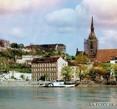Kliknite pre zobrazenie veľkého obrázka Bratislava, Mansions, House Styles, Fotografia, Manor Houses, Villas, Mansion, Palaces, Mansion Houses