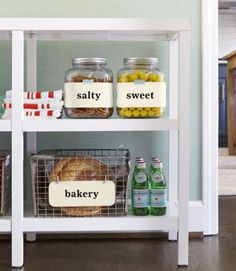 Clever organizing tricks for pretty vintage items.