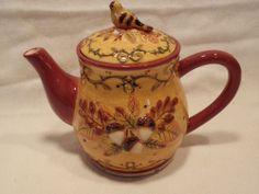Bella Casa by Ganz Fall Scene Bird and Acorns Teapot