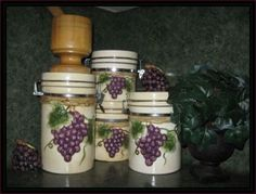 50 Ways To Create A Grape Theme Kitchen Gorgeous Products For Grape Decor