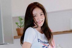 Red Velvet Photoshoot, Borders For Paper, Kim Yerim, Girl Bands, Kim Jennie, Seulgi, The Girl Who, Aesthetic Girl, Girl Photos