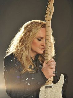Melissa Etheridge - my absolute favorite artist of all time.