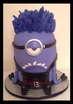 Evil Minion Cake Purple Minion Cake - Perfect for a birthday cake Purple Minion Cake, Pastel Minion, Minion Cakes, Fancy Cakes, Cute Cakes, Beautiful Cakes, Amazing Cakes, Minion Birthday, Birthday Cakes