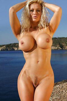 les filles portant des tongs porno 3 femme gros seins et gode ceinture