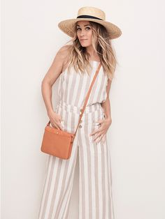 The official site of Lauren Conrad is a VIP Pass. Here you will get insider knowledge on the latest beauty and fashion trends from Lauren Conrad. Lauren Conrad Collection, Summer Outfits, Cute Outfits, Girly Outfits, Stylish Outfits, Beautiful Outfits, Vacation Outfits, Jean Outfits, Jean Vintage