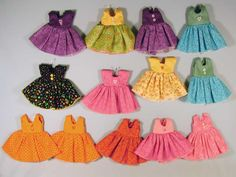 Fashions for small dolls 63