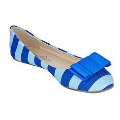 (http://www.lillybee.com/kappa-kappa-gamma-flats-and-royal-blue-bow/) @kappakappagamma