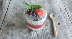 Pudding graines de chia fruits rouges