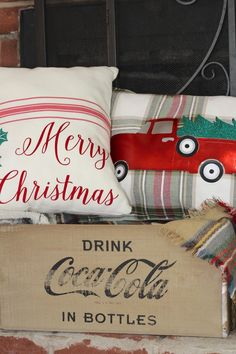 Simple Holiday Pillow DIY