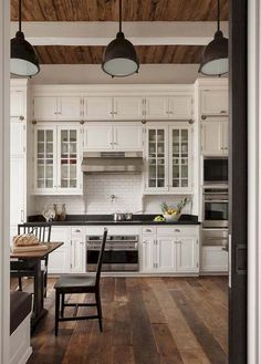 Kitchen: rustic kitchen cabinets for your traditional kitchen decor Farm Kitchen Ideas, Rustic Kitchen Cabinets, Refacing Kitchen Cabinets, Kitchen Cabinet Styles, Farmhouse Style Kitchen, Modern Farmhouse Kitchens, Home Decor Kitchen, Home Kitchens, White Cabinets
