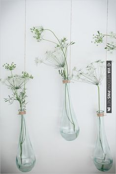 hanging bud vases | CHECK OUT MORE IDEAS AT WEDDINGPINS.NET | #weddings #weddingflowers #flowers