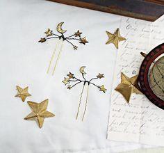 Celestial star hair pins - Black and gold star pins - Bridal star accessories Bridal Crown, Bridal Tiara, Galaxy Theme, Star Hair, Gold Stars, Hair Piece, Gold Leaf, Antique Gold, Celestial