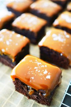 So goood and so easy to make salted caramel brownies