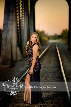 Senior picture ideas for girls prom dress cool lighting metal bridge Fancy That Photography Gwen Bradbury Prom Pictures Couples, Prom Couples, Prom Photos, Senior Pictures, Cheer Pictures, Girl Pictures, Prom Picture Poses, Senior Picture Outfits, Dress Picture