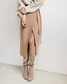 Ootn Khaki Suede Long Skirt Women Autumn Winter Casual Wrap Skirt Lace Up Women High Waist Midi Look Fashion, Fashion Beauty, Fashion Outfits, Womens Fashion, Feminine Fashion, Female Fashion, Fashion Ideas, Autumn Look, Autumn Winter Fashion