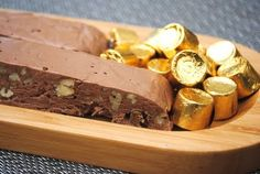 Rolo Turtle Fudge Fudge Recipes, Candy Recipes, Sweet Recipes, Dessert Recipes, Dessert Salads, Dessert Ideas, Yummy Recipes, Cookie Recipes, Just Desserts