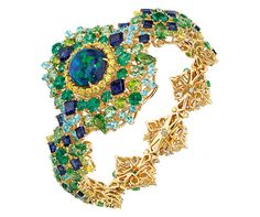 Creative Director of Dior Joaillerie Victoire de Castellane has a love of colour that has been reflected in the majority of her collections made for the French fashion house since 1998. We need only recall that crazy cocktail of colours in Cher Dior andGranvilleor the more conventional combination of multi-coloured stones with colourless diamonds inSoie Dior. Victoire says that her favourite stone is opal, a distinctive gemstone that includes practically every hue in the colour spectrum…