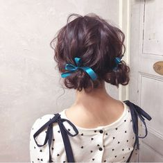 Lot also, arrange the same dumpling hair! In a little ingenuity, a jerk or become mature, or become I do Osha hair. From among a lot of arrangements, we will introduce the popular dumpling hair by length! Kawaii Hairstyles, Pretty Hairstyles, Easy Hairstyles, Everyday Hairstyles, Hair Inspo, Hair Inspiration, Zooey Deschanel, Aesthetic Hair, Grunge Hair