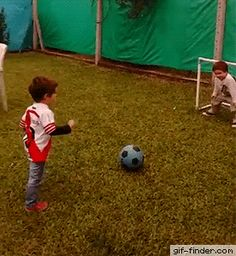 Sweety Goalkeeper | Gif Finder – Find and Share funny animated gifs