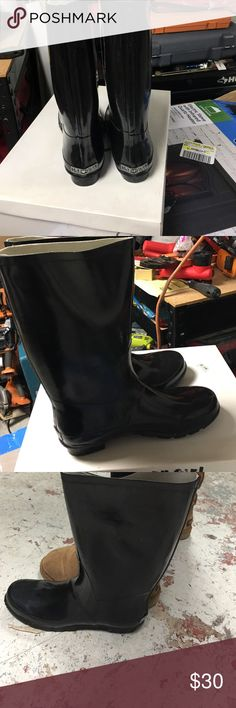 Black size 10 rain boot Purchased from Macy's. Still in box. Size 10 black rain boot. Same size as tall ugg! Never worn! Still in box 143 girl Shoes Winter & Rain Boots