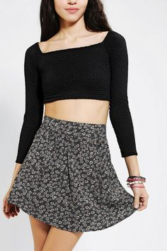 Small floral patterns work for a 90's grunge look. #trend #90s #urbanoutfitters