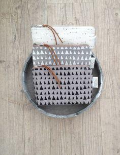 """Schmucktäschchen - Kleine Canvas Tasche """"FANCY"""" - triangle grey/white - ein Designerstück von FRIDAsFRED bei DaWanda"""