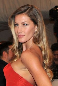 Gisele Bundchen - she can do no wrong in our eyes! Call us on 012180872 to book your colour consultation & recreate Gisele's beautiful #balayage #ombre hairstyle! Another popular choice this winter!