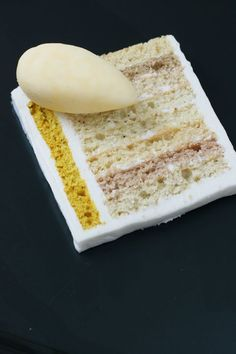 curry cake with mango chutney ice cream