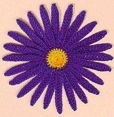 free crochet daisy pattern by Marymatooo Crochet Daisy, Crochet Art, Irish Crochet, Crochet Crafts, Crochet Hooks, Crochet Style, Crochet Motifs, Crochet Flower Patterns, Freeform Crochet