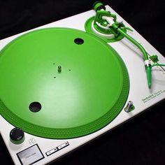 Custom SL1210 Technics x Green Concorde Digitrack. By Flipware #sunday #djing #technics #sl1200 #turntable #collector #turntablism #realdjing #clubdjing #green #concorde #scratch #scratching #digitrack #digitaldjing #serato #traktor #denmark #vinyl #artofdj by ortofon_dj http://ift.tt/1HNGVsC