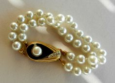 Vintage Italian 1960-Art Deco beautiful and elegant,high quality large pearls and clasp-A jewel perfect for a bride-Art.847-