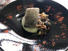En Mar de Olivos, uno de los platos preferidos, Bacalao Confitado con Crema de Patata y Salteado de Setas... elección segura. www.villanazules.com