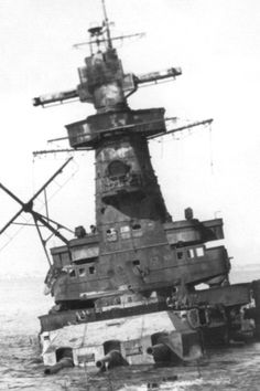 The Admiral Graf Spee was the pride of the German Navy during the Second World War. Heavy Cruiser, Abandoned Ships, Naval History, Armada, Navy Ships, Panzer, Royal Navy, War Machine, Hale Navy