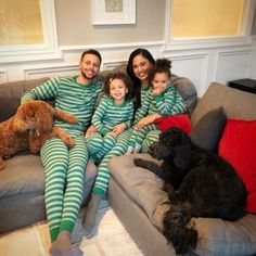 Ayesha Curry And Her Gifted Marriage Is Good For Her Health! Stephen Curry Family, The Curry Family, Ayesha Curry, Cute Family, Family Goals, Couple Goals, Stefan Curry, Ryan Curry, Curry Warriors