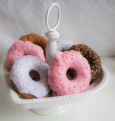 Felt donuts, felt food Felt Food, Doughnut, Donuts, Sewing, Desserts, Frost Donuts, Tailgate Desserts, Dressmaking, Beignets