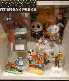 2017 and 2018 Hallmark Sneak Peeks at D23 Expo 2017 | Disney News ...