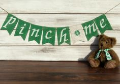 St Patrick's Day Burlap Banner / Photography Prop - Modern St Pattys, St Patricks Day, Saint Patricks, Holiday Photography, Photography Props, Holiday Mini Session, Mini Sessions, Photo Sessions, St Patrick's Day Photos