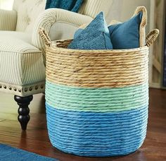 Fun, beachy baskets for stylish storage! Sea them here: http://www.completely-coastal.com/2016/01/decorating-with-wicker-baskets-stylish.html
