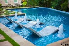 Cool #Pool - Great built in pool chairs to make sure you always have a seat!