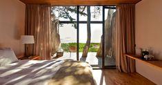 Hotel Surazo by WMR Arquitectos in Matanzas, Chile