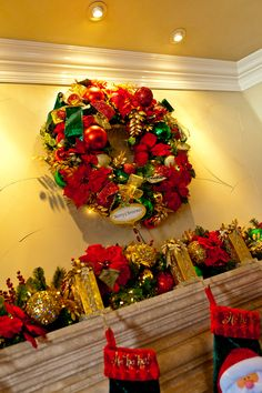 Show Me Decorating Wreath over the mantel  http://www.app.showmedecorating.com