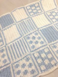 spot and stripe free crochet baby blanket