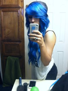 #blue #dyed #scene #hair #pretty... I would never buy it looks great on her