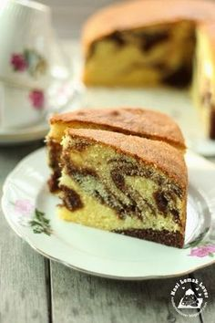 I love butter cake, especially love it when mix with some chocolate, like this marble butter cake. I have a habit to enjoy butter cake for. Marble Cake Recipe Moist, Marble Cake Recipes, Sponge Cake Recipes, Cupcake Recipes, Baking Recipes, Cupcake Cakes, Dessert Recipes, Cupcake Brownies, Cake Cookies