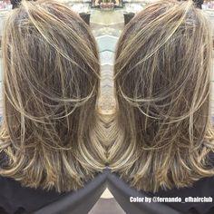 Clássico - Micro e Macro Mechas e preservando o fundo.. Obrigado pelo Privilégio, Fernanda Silva #efhairclub  #fabricadeloiras #opoderdasmechas #aquinosalao #amagiadascores #lourodesalao #loiroryco #autoridadeemmechas #mechas #luzesnocabelo #luzes #platinado #tijuca #BestBlondes #platinadoperfeito #madeixas #blondhair #blond #blogger #bloggueira #TOP #cabelodediva #loirodossonhos #cabeloloiro #colorista #ficoulindo #loiroryca  @fernando_efhairclub